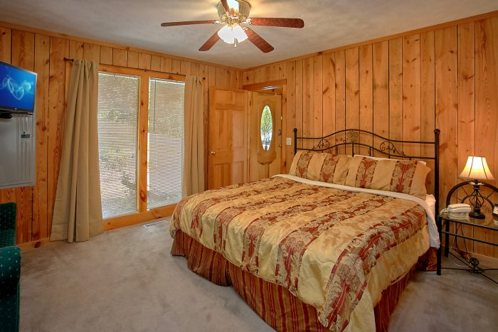 Wears Valley 1 Bedroom Cabin with King Bed - Valley View