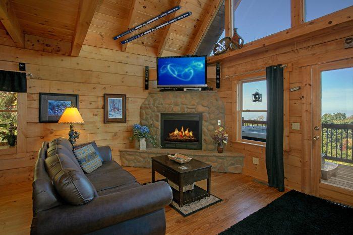 Luxurious 3 Bedroom Gatlinburg Cabin - View Topia Falls