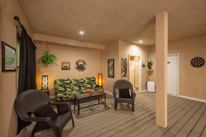 Luxurious 3 Bedroom Pool Cabin in Gatlinburg - View Topia Falls