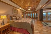 Bedroom with Sitting Area overlooking mountains