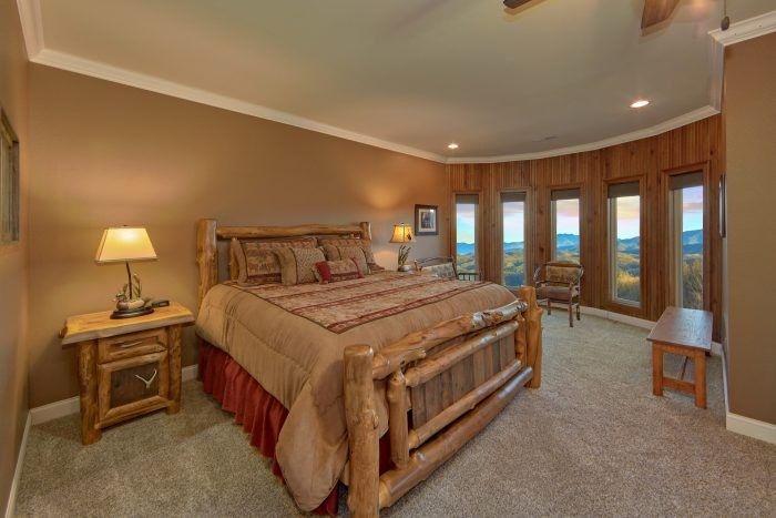Private King Suite with Mountain Views - Bluff Mountain Lodge