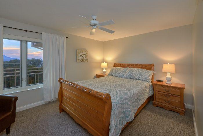 Premium condo with 2 Private Queen Bedrooms - Vista View