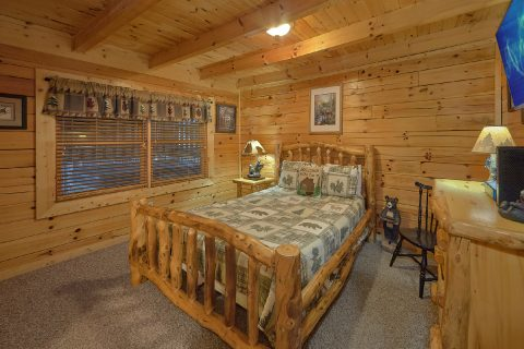 Rustic cabin with 2 private master bedrooms - Wander Back Inn