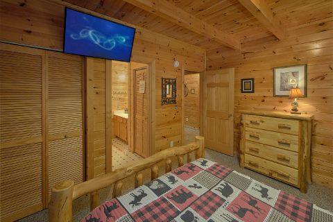 Cabin with 2 queen master bedrooms - Wander Back Inn