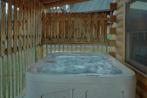 Cozy 2 bedroom Sevierville cabin rental - Wander Back Inn