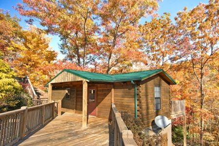 Falling Rock: 1 Bedroom Pigeon Forge Cabin Rental