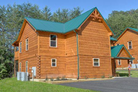 Laurel Manor: 4 Bedroom Gatlinburg Cabin Rental
