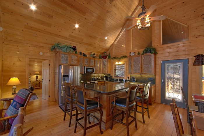 Luxury Cabin with Spacious Kitchen and Bar - Wilderness Lodge