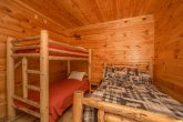 5 Bedroom cabin with 2 Bunk Bedrooms