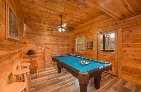 5 Bedroom cabin with pool table game room - Wilderness Lodge