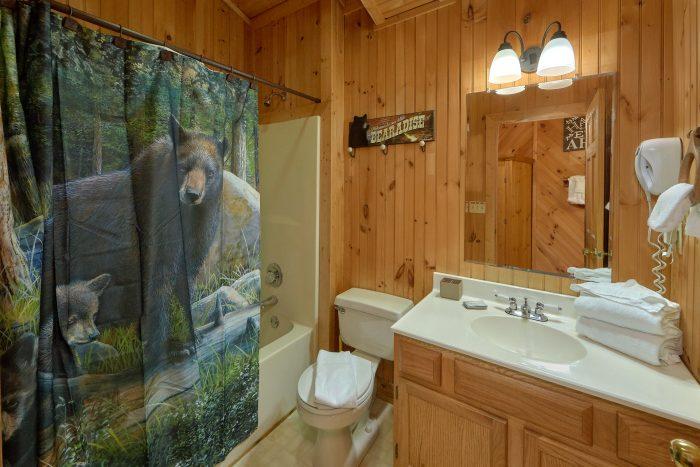 1 Bedroom Cabin in Pigeon Forge Sleeps 4 - Wildflower Haven