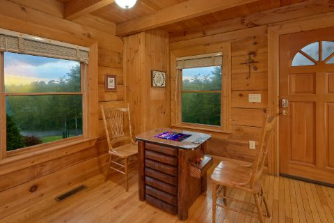 1 Bedroom Cabin with Arcade Game - Wildflower Haven