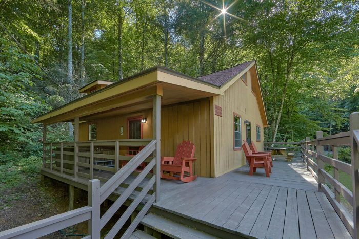 Willow Brook Cabin Rental Photo