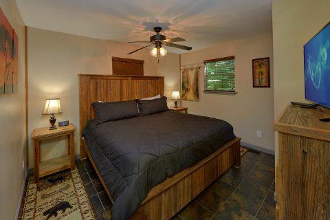 2 Bedroom on Main Floor Sleeps 6 - Willow Brook