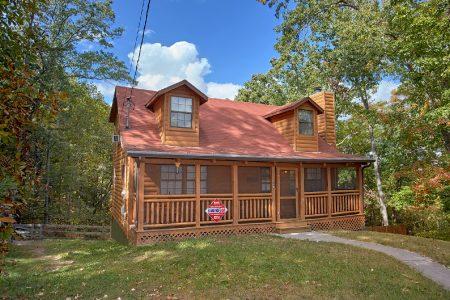 5 O'Clock Somewhere: 3 Bedroom Sevierville Cabin Rental
